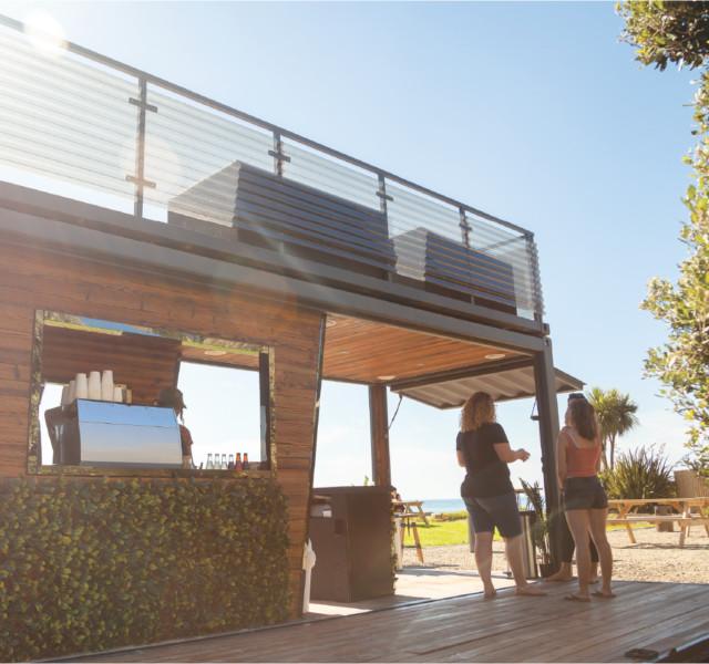 beachside-cafe